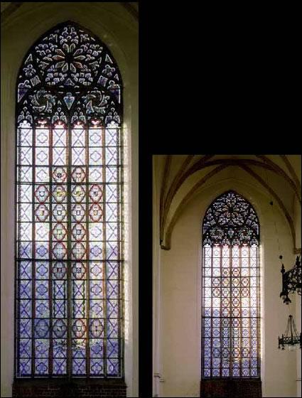 <p>Gotycki (górny) kościół Św. Krzyża</p>